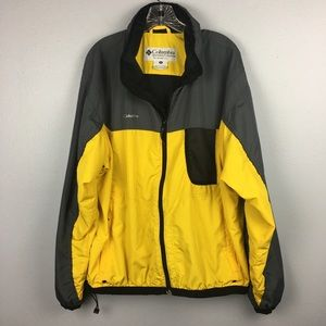 COLUMBIA WINDBREAKER SIZE XL—with flaws
